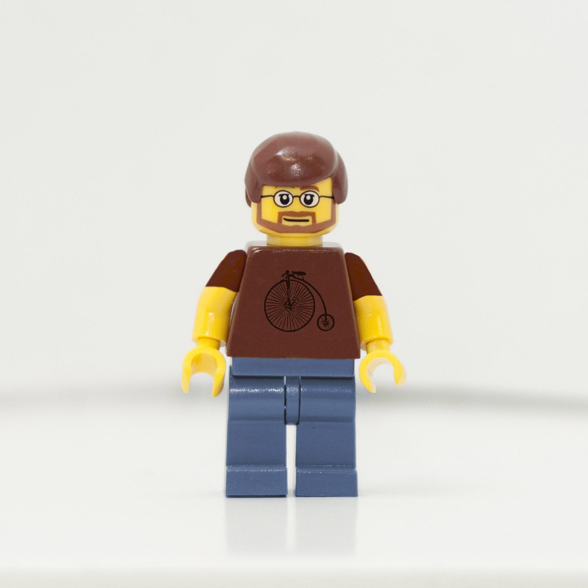 2010365_1810_LegoAlex-web