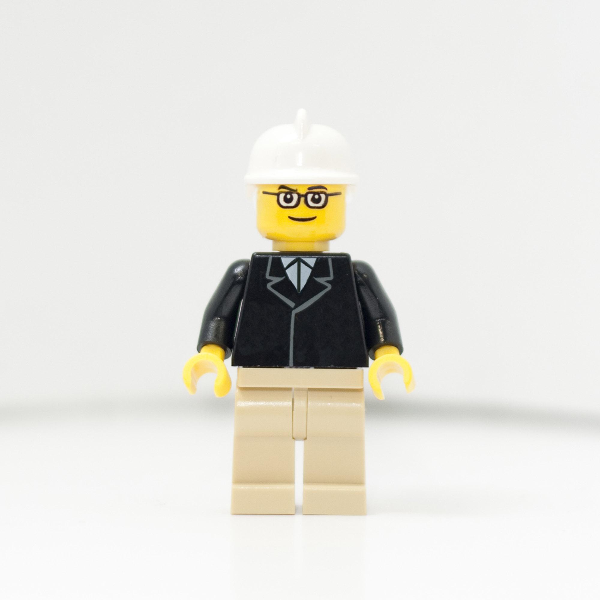 2010365_1910_LegoBrian-web