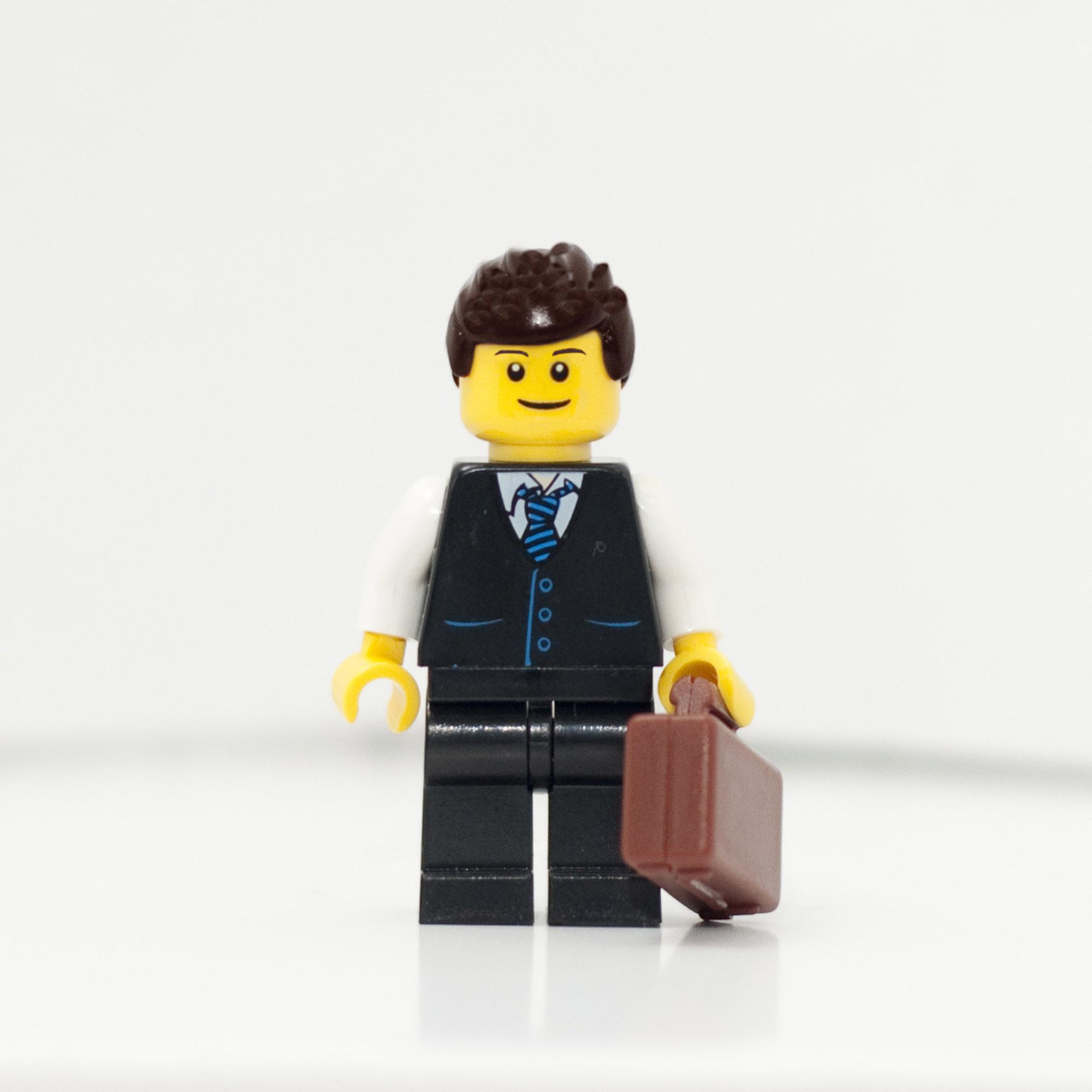 2010365_2010_LegoJohn-web